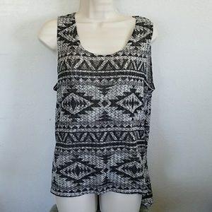 Knit sleeveless blouse by Blu Planet, EUC
